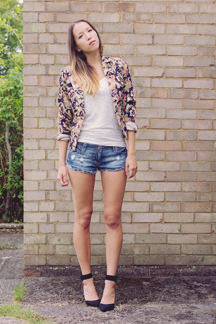 Denim shorts and heels outfit