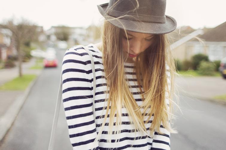 Female fashion blogger Girl in the Lens