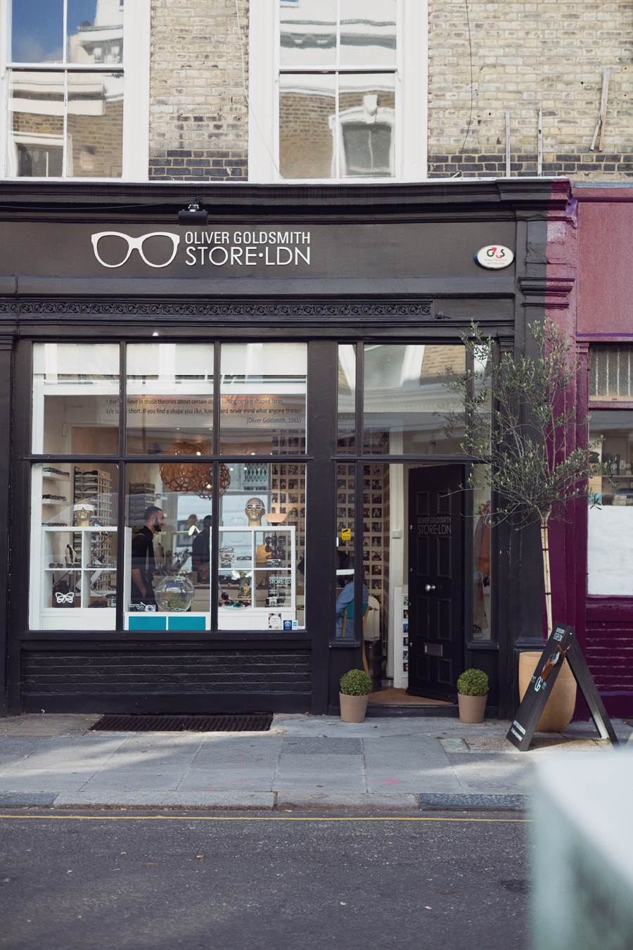 Oliver Goldsmith, Notting Hill, London