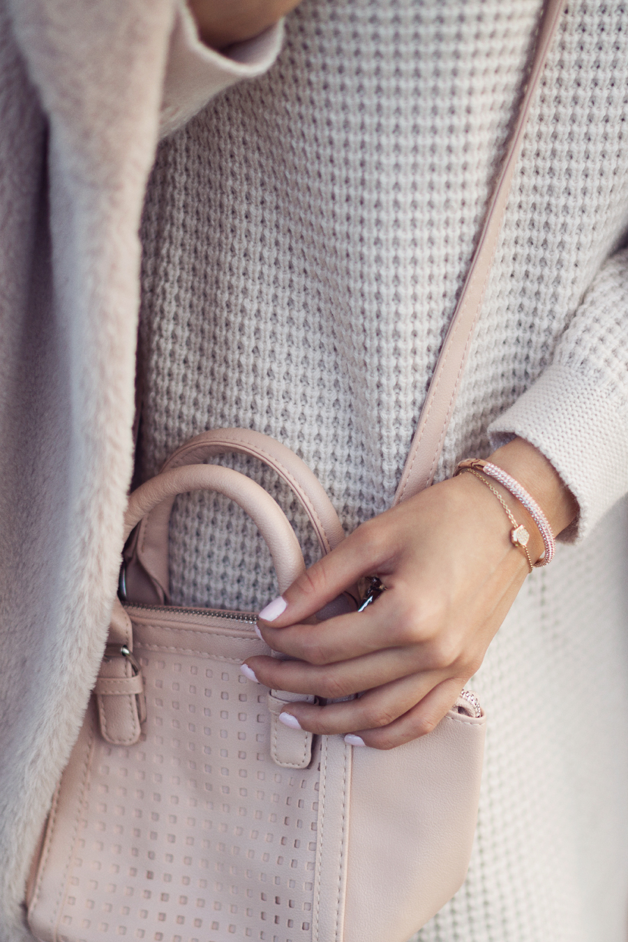 Nude and gold accessories