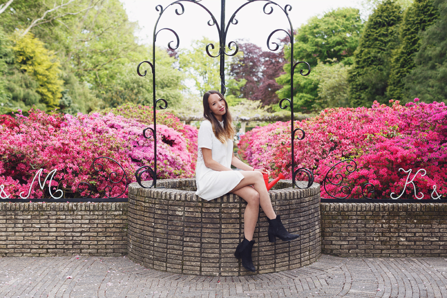 Fashion photoshoot in Keukenhof Gardens, Holland