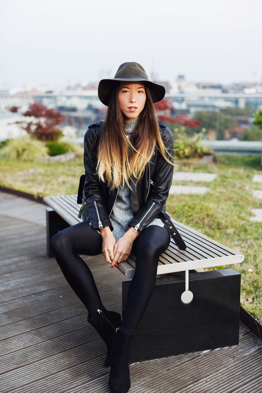 Leather jacket black leggings hat outfit ideas street style bloggers